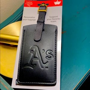 $$-Oakland Athletics A's Leather Luggage Tag